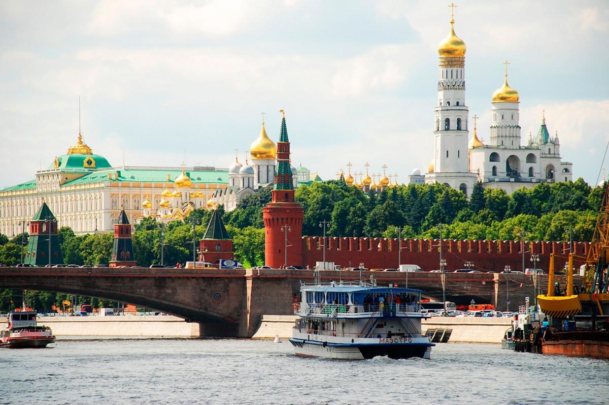 Un Viaje de Ensueño con poco sueño a las Noches Blancas Rusas