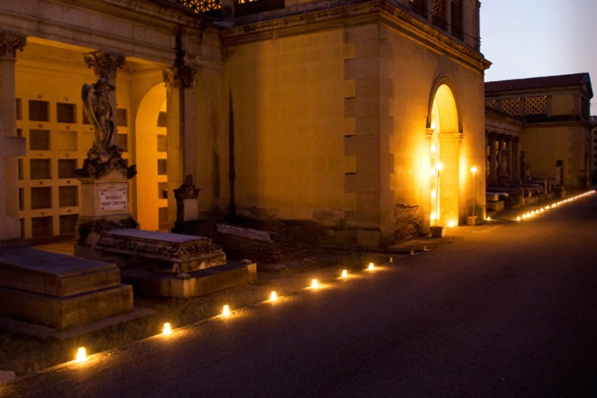 VISITA ESPECIAL: La Ruta de las Velas en el Sacramental de San Isidro
