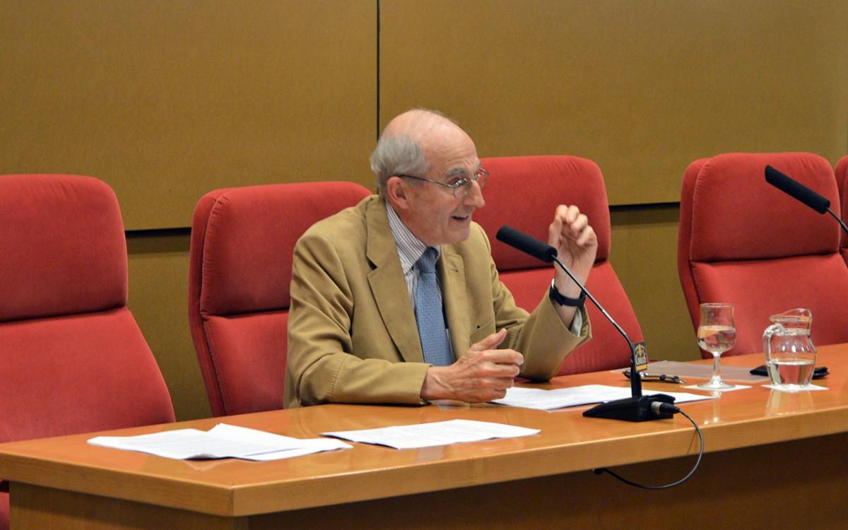 Conferencia de Antonio Medrano en Comillas